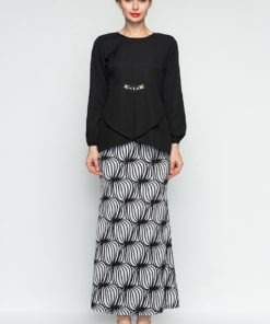 Glam Chain Monochrome Baju Kurung Modern by Era Maya for Female