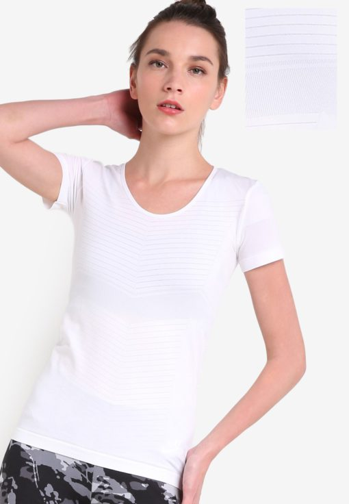 Elevate Seamless Tee by Salomon for Female