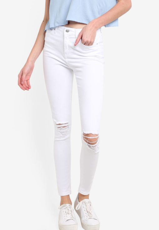 Moto White Ripped Jamie Jeans by TOPSHOP for Female