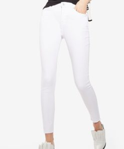 MOTO White Raw Hem Jamie Jeans by TOPSHOP for Female