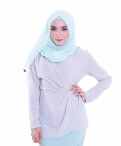Pass with Flair Blouse in Grey by Zolace for Female