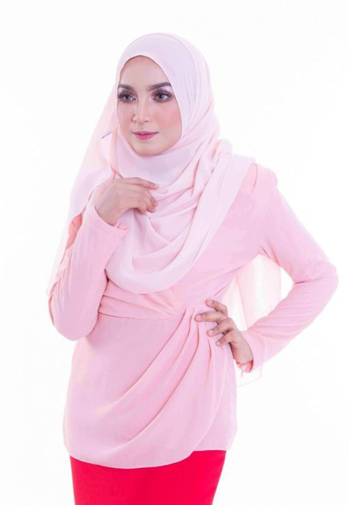 Pass with Flair Blouse in Pink by Zolace for Female